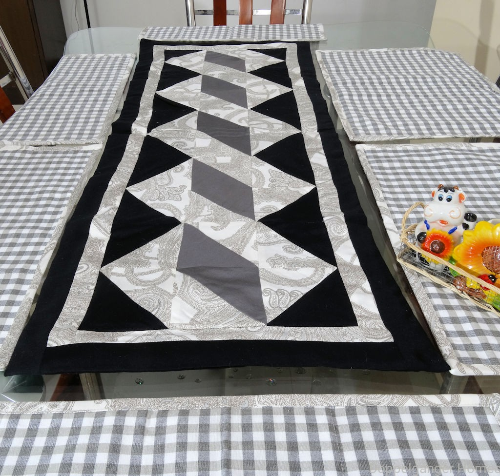 Twisted Pole Table Runner 7pcs Doppelganger Homes