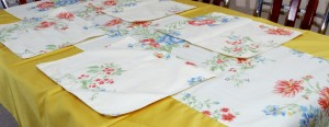 6 Seater Cotton Table Cover Set (7 PCS)