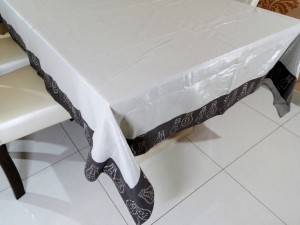 6 Seater Designer Kalamkari Shimmer Dining Table Cover