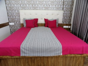 Zig-Zag Double Bed Sheet