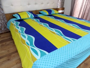 green waves Designer Double Bed Sheet