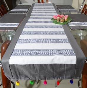 Table Runner with Multi-color Pompom (7PCS)