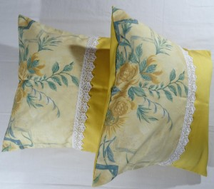 Victorian Print Cushion Cover Set Of 3 PCS