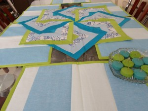 Swastik Table Runner (7PCS)