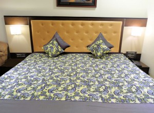 Floral Design Bed Cover