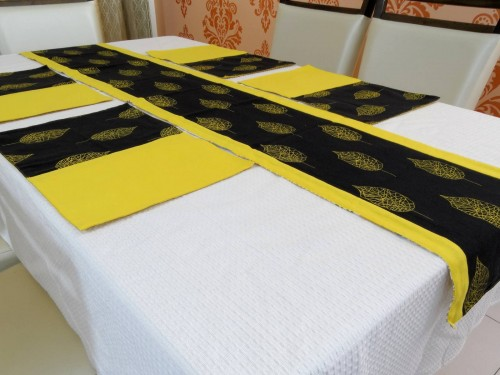 Table runner - placemat set
