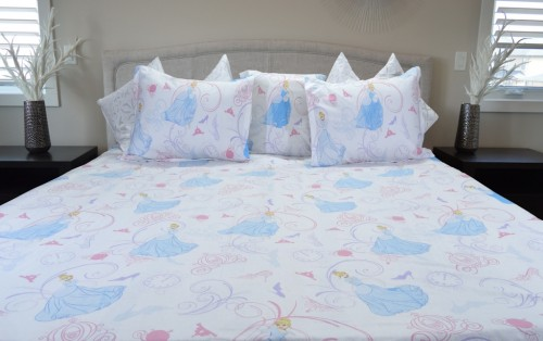Princess & Heels Cartoon Bed Sheet